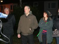 Sozialamtsleiter Buschhausen (links) bei der Kundgebung von STAY